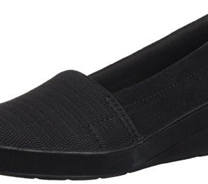 Grasshoppers Women's Chase Wedge Suede Loafer, Black