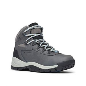 Columbia Women's Newton Ridge Plus Hiking Boot, Quarry/Cool Wave